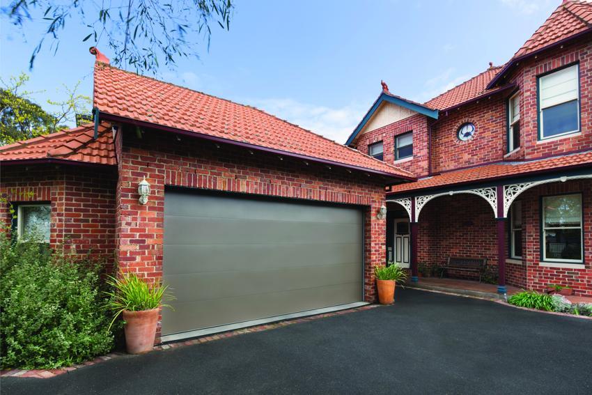 garage door color